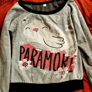Girls Paramore shirt
